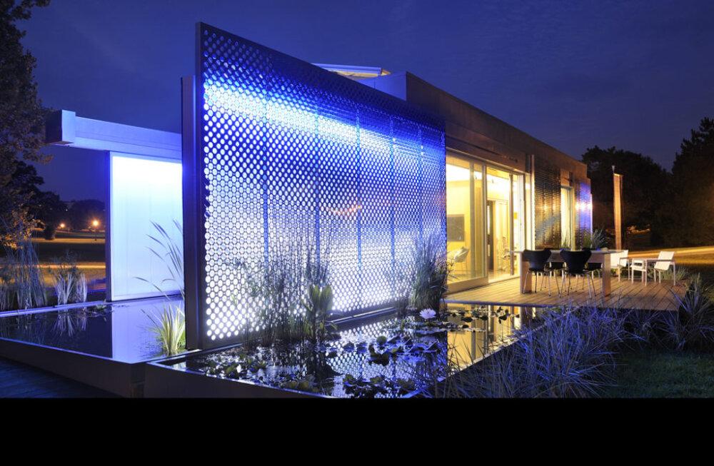 Lumenhaus, Solar House at night